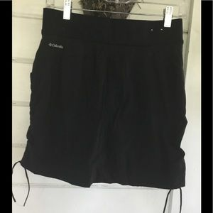 COLUMBIA LADIES BLACK WORKOUT SKORT